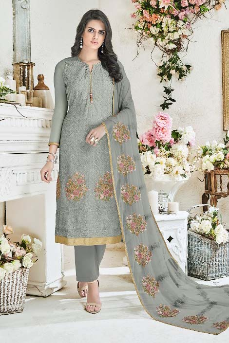 Shree Fabs Rivaaz Fox Georgette With Heavy Karachi Embroidery Suit 6165