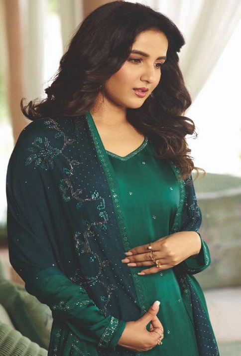 Vinay Fashion Presents Evershine Plus Satin Gerogette With Work Party Wear Salwar Suit 11313