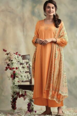 AGOG Kimora Fashion Heer Bahaar Diamond Wool Spun With Embroidery Suit 8006